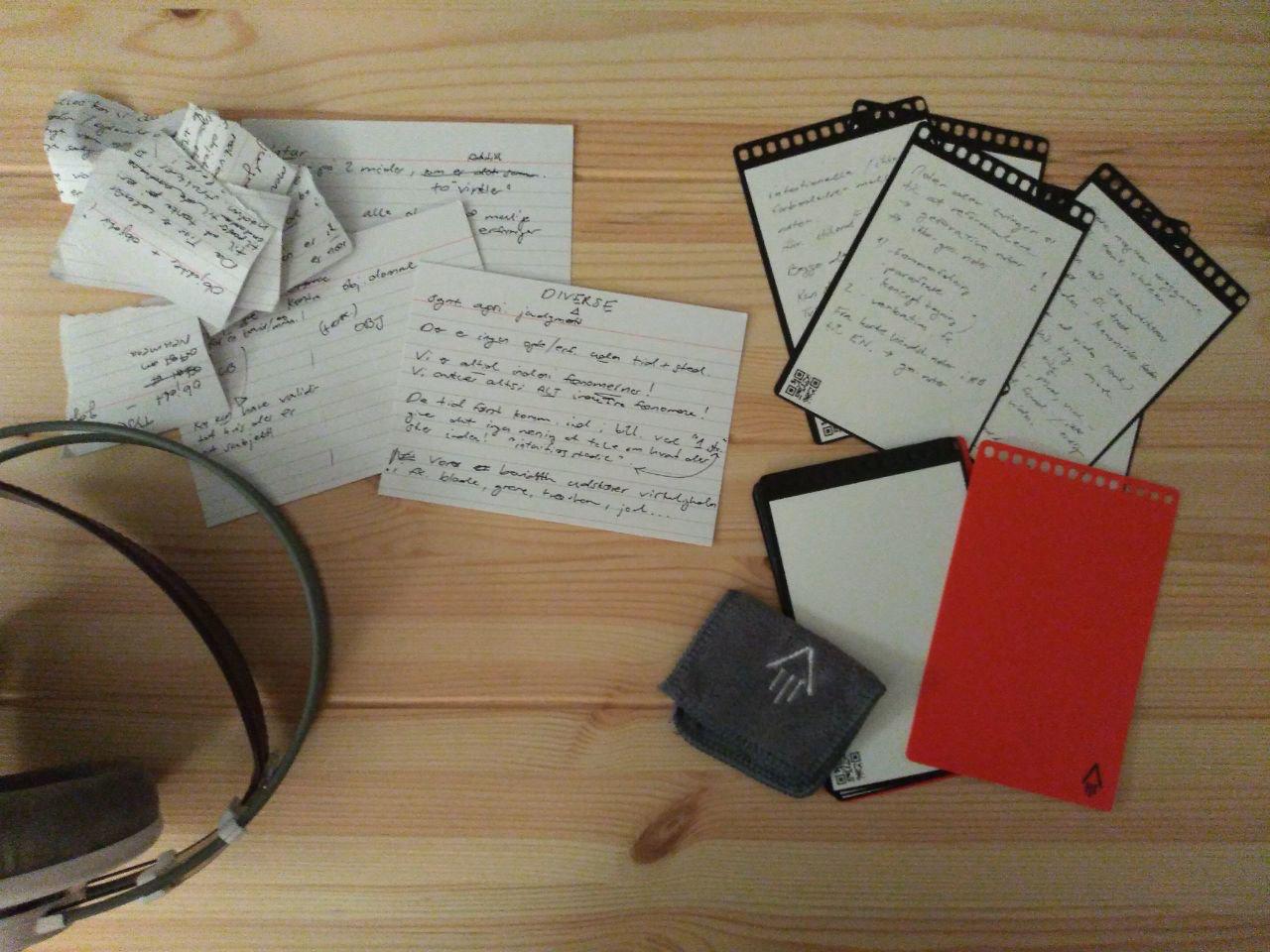 Стефан разобрал свой блокнот Rocketbook на «бесконечную пачку карточек»